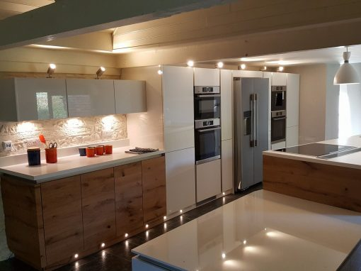 Contemporary kitchen in traditional barn